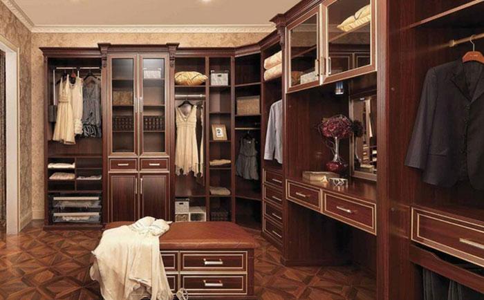 欧式家具中带穿衣镜的衣柜要怎么买?欧式穿衣镜衣柜的选购技巧