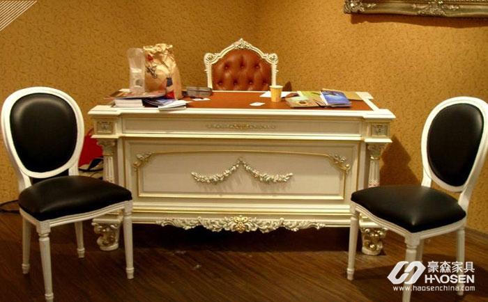 小户型欧式实木书椅有哪些值得我们购买的的特点