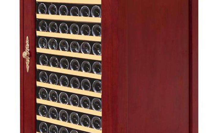 欧式家具实木压缩机酒柜的选购技巧