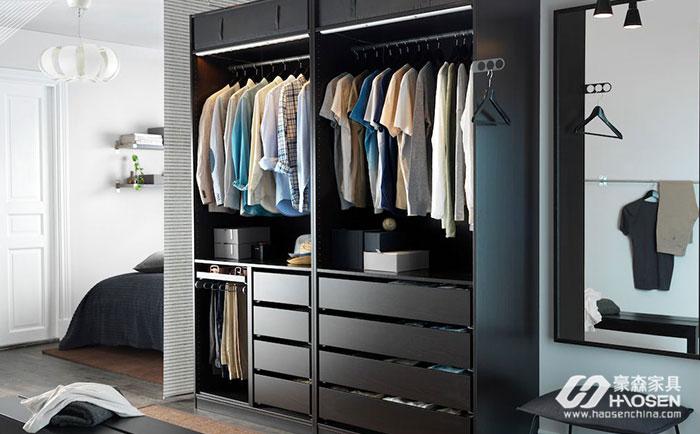 如何根据不同结构类型选购美式衣柜?