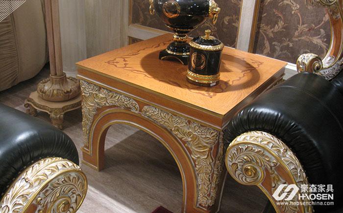 意大利别墅沙发边几的作用和搭配技巧