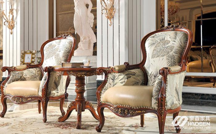 如何摆放休闲椅更有利风水?美式客厅休闲椅的摆放风水