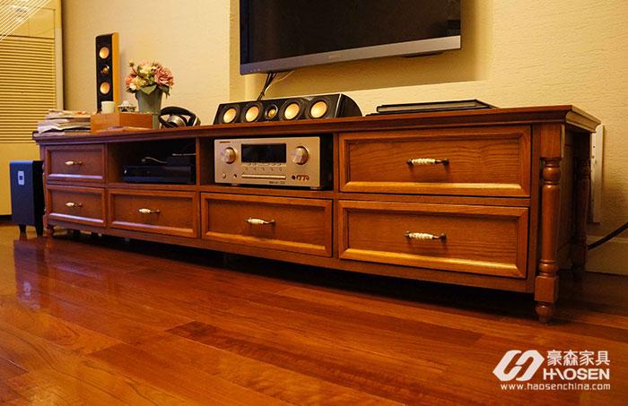 欧美客厅实木电视柜该如何保养?实木电视柜的保养技巧