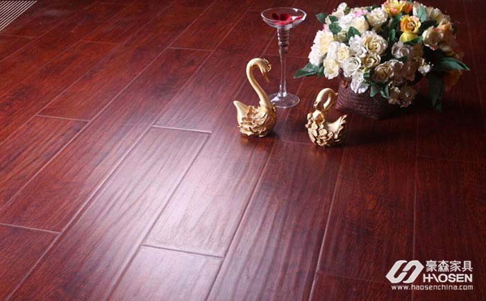 选购桦木地板为整个家里打造一丝自然气息