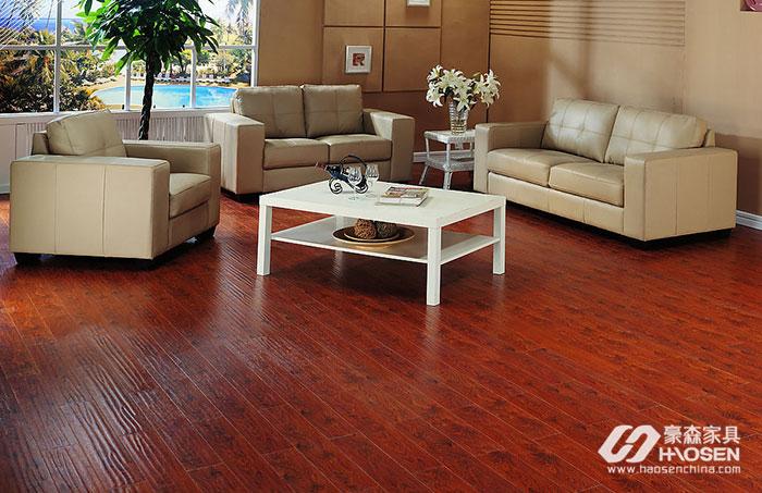 懂得强化木地板的保养技巧能让地板洁净如新