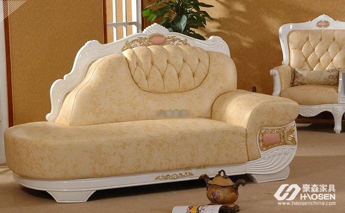 大户型卧室欧式实木贵妃椅保养技巧