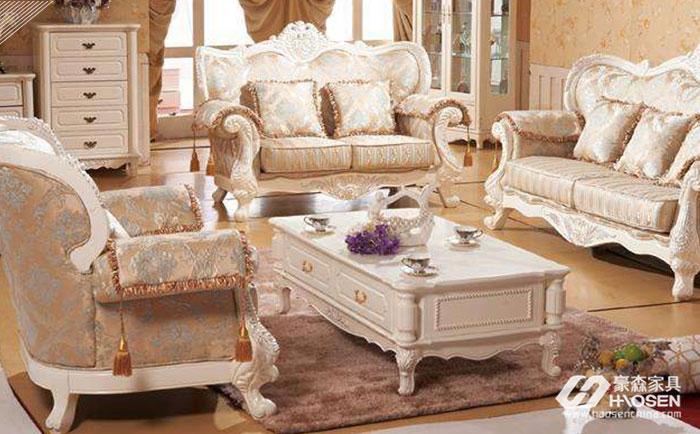 欧式真皮沙发对比布艺沙发,到底谁更胜一筹