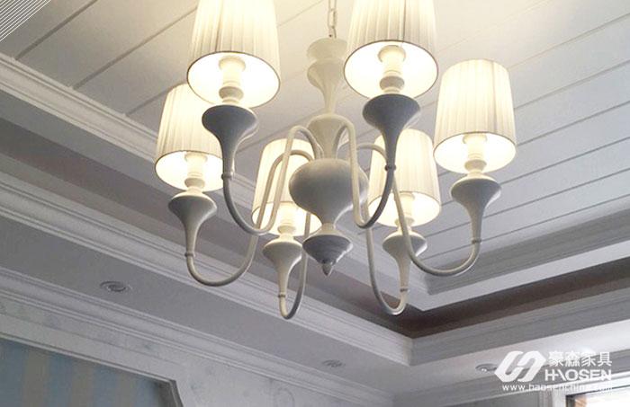 美式家居风格卧室吊灯改如何选购?