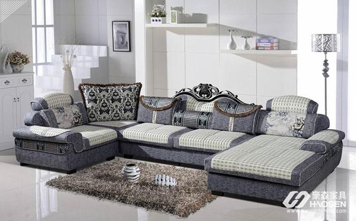 小户型家居中的客厅沙发摆放技巧有哪些呢?