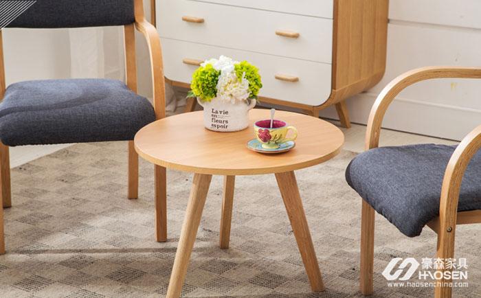 原来实木沙发与茶几的颜色搭配有以下小技巧!