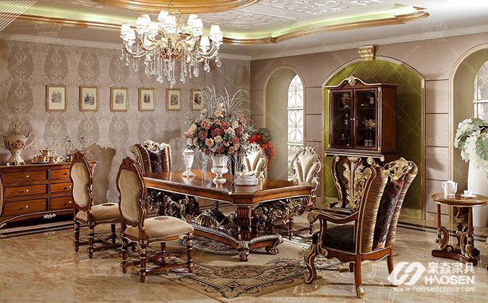 为您推荐欧式别墅实木家具的特点知识