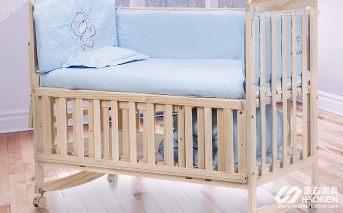 7个月大的宝宝窒息身亡?竟然是因为婴儿床!
