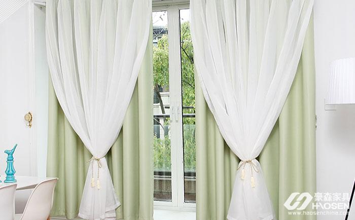 阳台需要装窗帘吗?阳台安装窗帘作用有哪些呢?