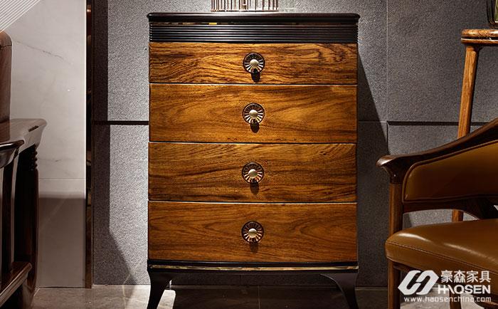 床头柜如何选购?高档欧美家具床头柜选购技巧介绍