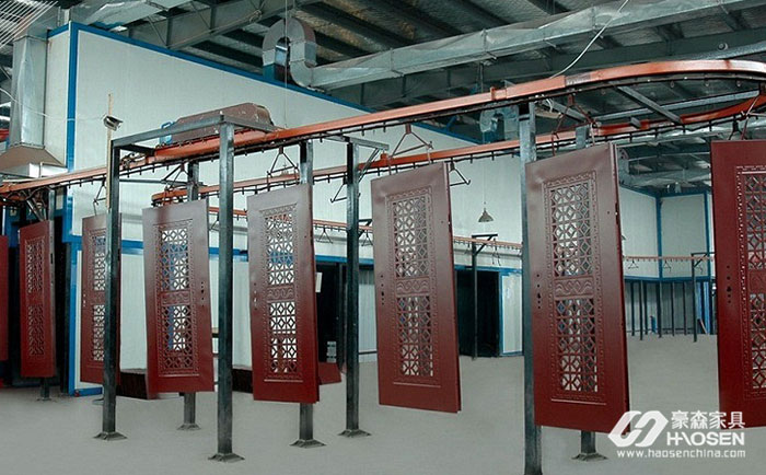机器人代替人工受到家具、陶瓷等企业的广泛运用