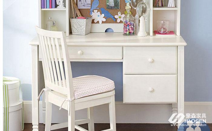 儿童美式书桌应该如何选择?儿童美式书桌的选择技巧介绍