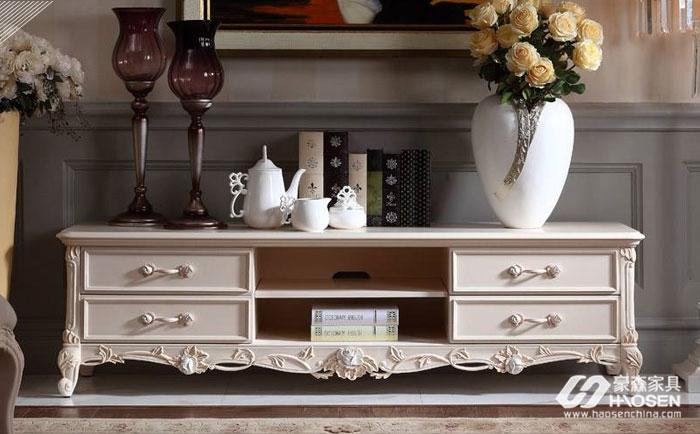 欧式实木电视柜如何选购?欧式客厅实木电视柜的选购技巧