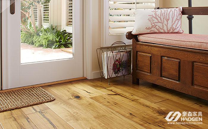 美式家具怎么搭配地板?不同的美式家具与地板搭配方式