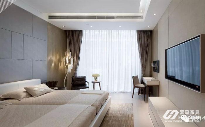 护墙板在卧室中的应用