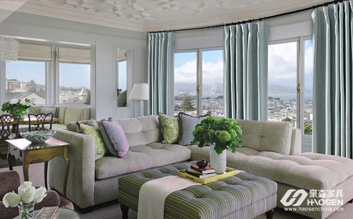 欧式白色家具和窗帘搭配的配色方法